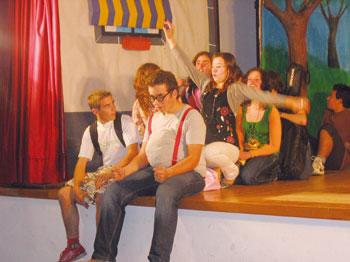 Uma aventura na Penha subiu ao palco de Covelas