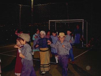 Grupo Folclórico Infantil da Escola de Cidai festejou 13 anos