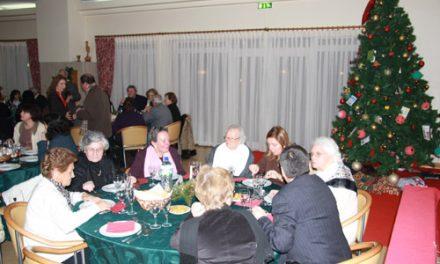 Almoço de Natal reuniu dezenas de utentes no Centro Comunitário Municipal da Trofa