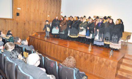 Grupo Danças e Cantares festejou III Encontro de Cantares de Reis