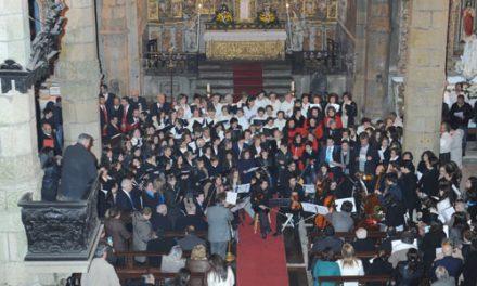 Vigararia celebra Natal com convívio de jovens e encontro de coros paroquiais