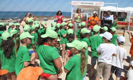 Câmara da Trofa leva crianças e idosos à praia
