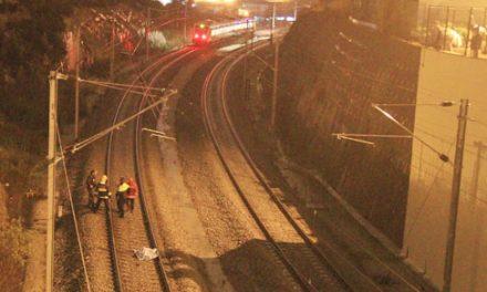 Homem morre atropelado por comboio