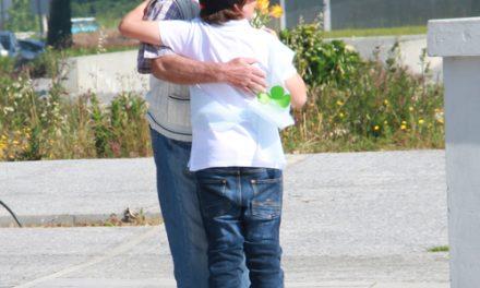 Dia do Abraço 2014 assinalado pelas crianças das escolas locais