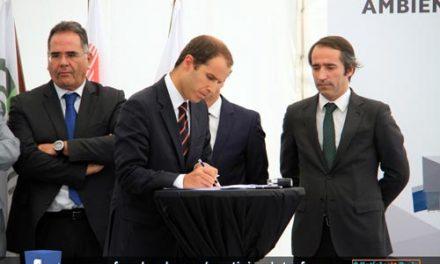 Assinado acordo para acabar com maus cheiros
