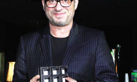 Adiada apresentação de Júlio Torcato com Orquestra Urbana no Portugal Fashion