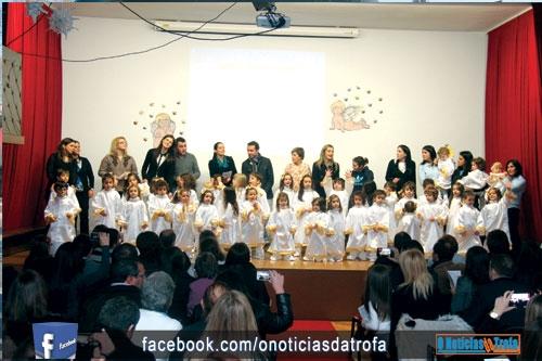 Crianças foram protagonistas da festa de Natal do Colégio (c/video)