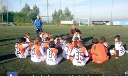 Miguel Cardoso treinou Escola de Futebol