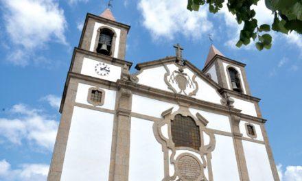 Paróquias suspendem eucaristias