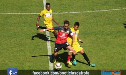 Trofense perdeu 3 a 0 com o Beira Mar