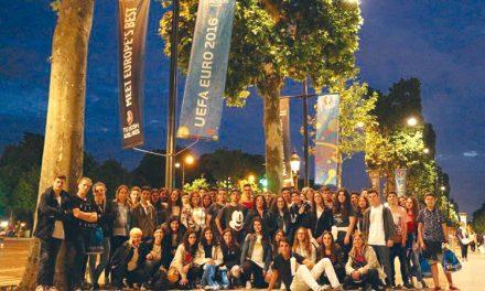 Escola Secundária viajou para Paris