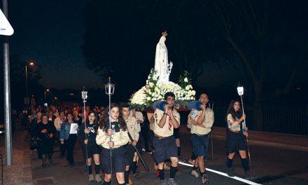 Festa de Nossa  Senhora do Rosário com a prata da casa
