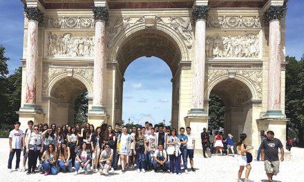 Alunos do Coronado e Castro visitaram Paris