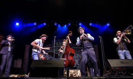 Scott Bradlee's Postmodern Jukebox com concertos em Portugal