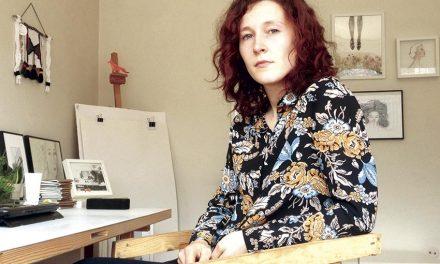Ilustradora trofense expõe na Casa da Cultura