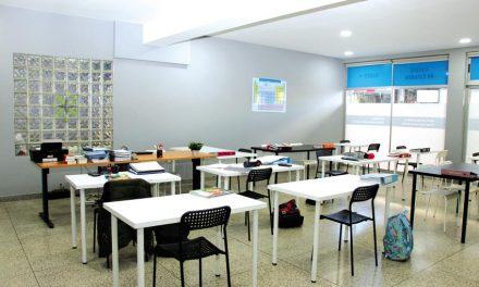 Centro de Estudos Saber+ junto à Escola Secundária