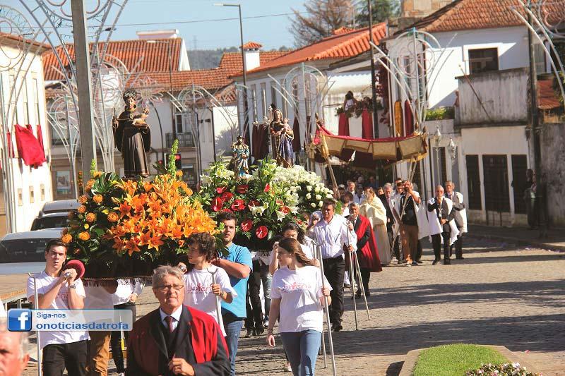 Festa N.ª Sr.ª do Rosário coloriu Souto da Lagoa