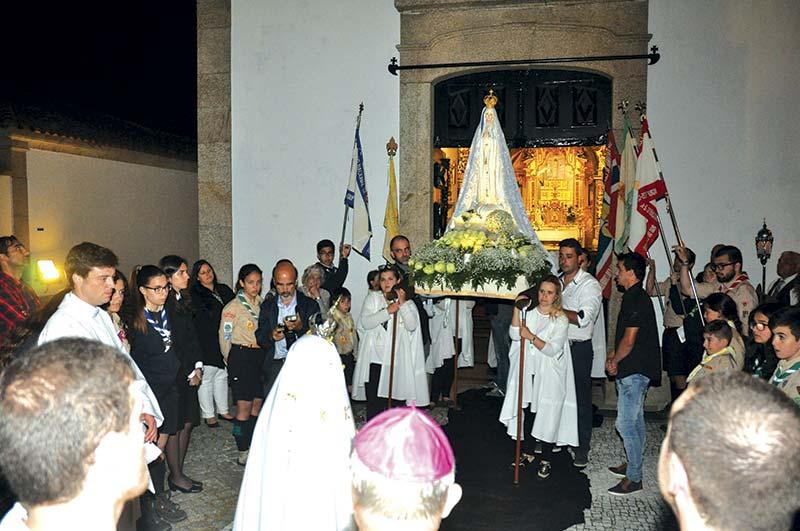 Paroquianos unidos em peregrinação
