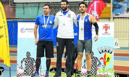 António Morais  é campeão a triplicar