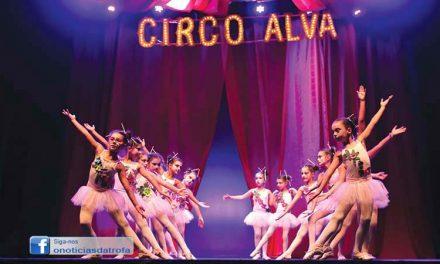 Espetáculo de final de ano da Academia Alva inspirado no Circo