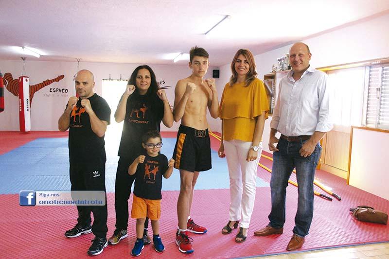 Artur Karlov vai representar a Trofa  no Campeonato Europeu de Kickboxing