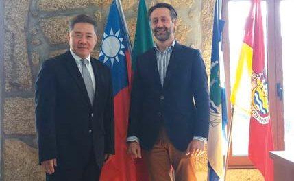 Coronado recebe visita do Embaixador de Taiwan