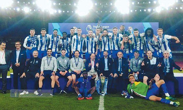 Fábio Moura bicampeão da Premier League