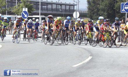 Cerca de 300 no Circuito de Ciclismo (c/ vídeo)