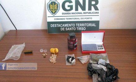 Três detidos por tráfico de droga