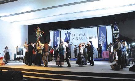 Festival Augusta Reis reuniu grupos do panorama folclórico nacional