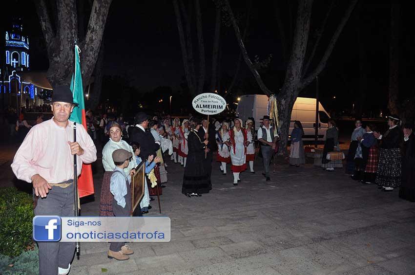 """Folc.Trofa com costumes lusos e de """"nuestros hermanos"""" (c/ galeria fotográfica)"""