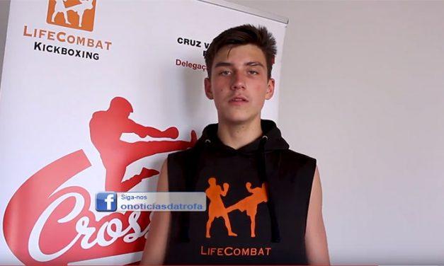 """Atleta do Cross Stars arrecadou """"bronze"""" no Campeonato do Mundo de Kickboxing"""