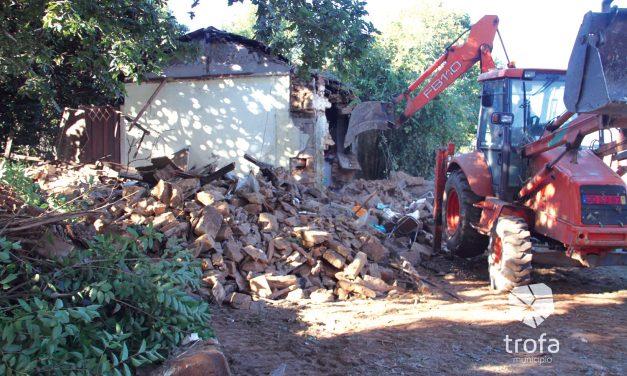 Polémica com demolição de casa junto ao Liceu