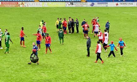 Trofense vence o Vilaverdense por 4 a 3