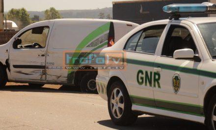 GNR da Trofa apanha ladrões de automóveis – Na tentativa de fuga chocaram contra carro da Guarda