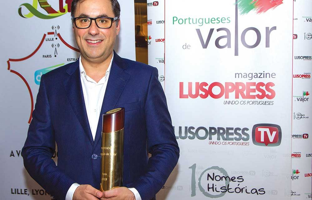 """Fernando Duarte galardoado na gala """"Portugueses de Valor 2019"""""""