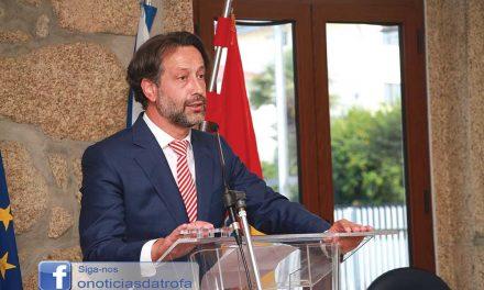 Presidente da Junta do Coronado processa vereadora