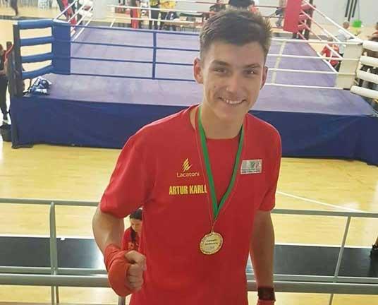 Artur Karlov campeão ibérico