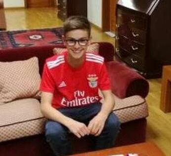 Jovem do Coronado assina pelo SL Benfica