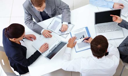 Empresários reunidos na Trofa para debater competitividade das PME