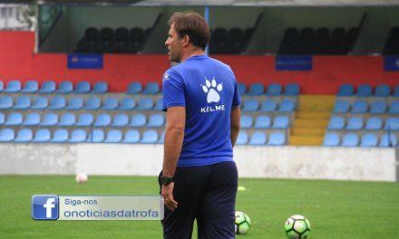 """Hélder Pereira abandona comando técnico do Trofense: """"Haveria muita coisa a dizer"""""""