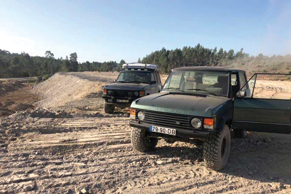 Convívio de amantes de Land Rover em Bairros