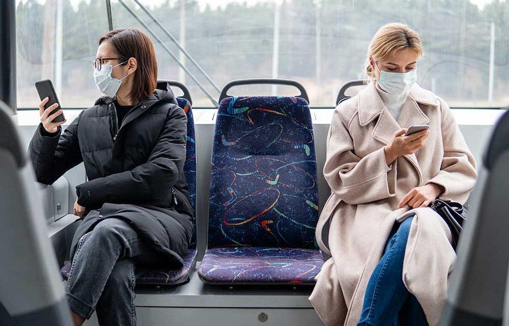 """Com """"transmissão comunitária"""" do vírus, Portugal entra no nível de alerta mais elevado"""